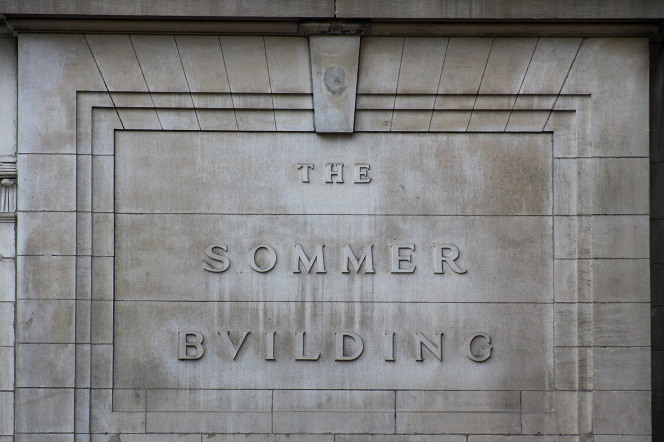 Raised inscription at the Sommer Building